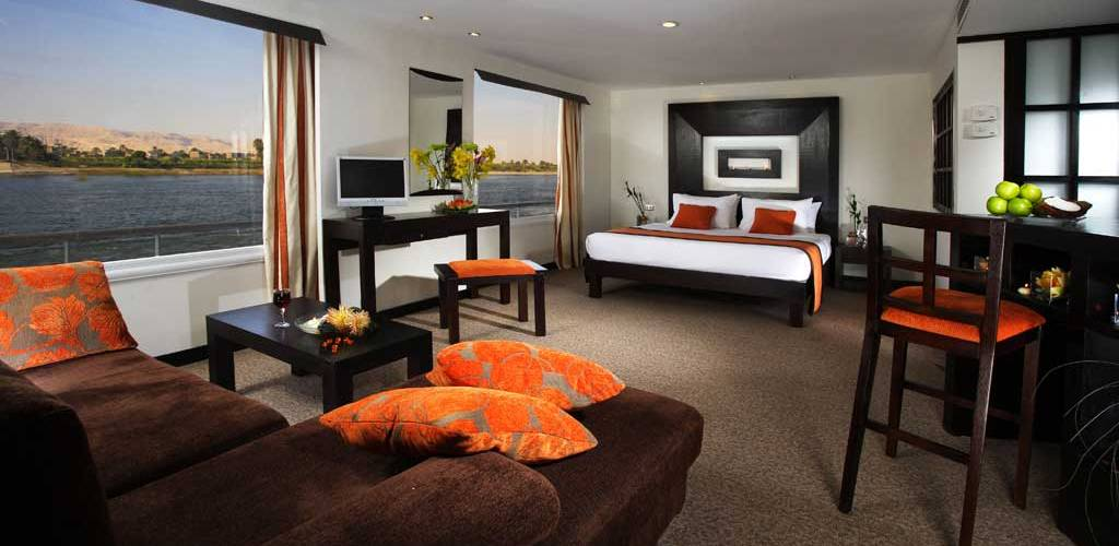Movenpick Royal Lily suite